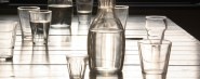 glazen op tafel na afloop (2)